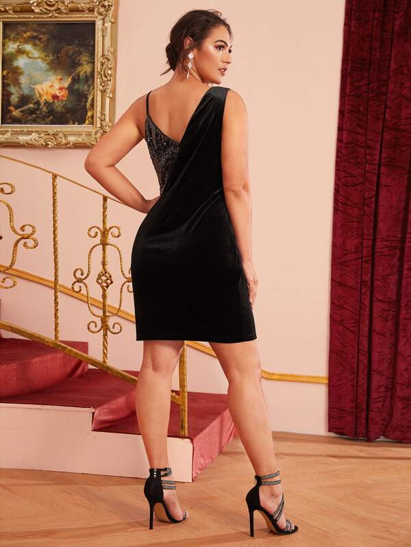 Plus Size Asymmetrical Neck Contrast Sequin Velvet Dress