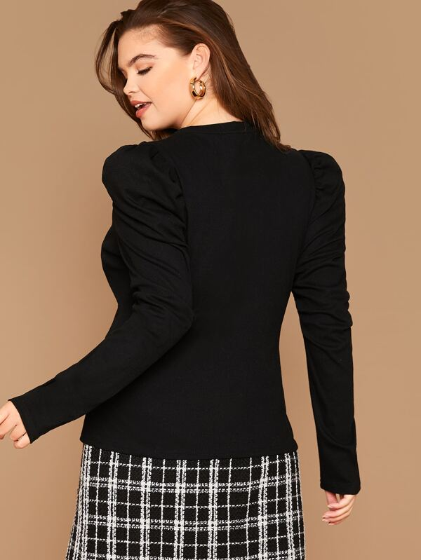 Plus Size Buttoned Front Puff Sleeve Top