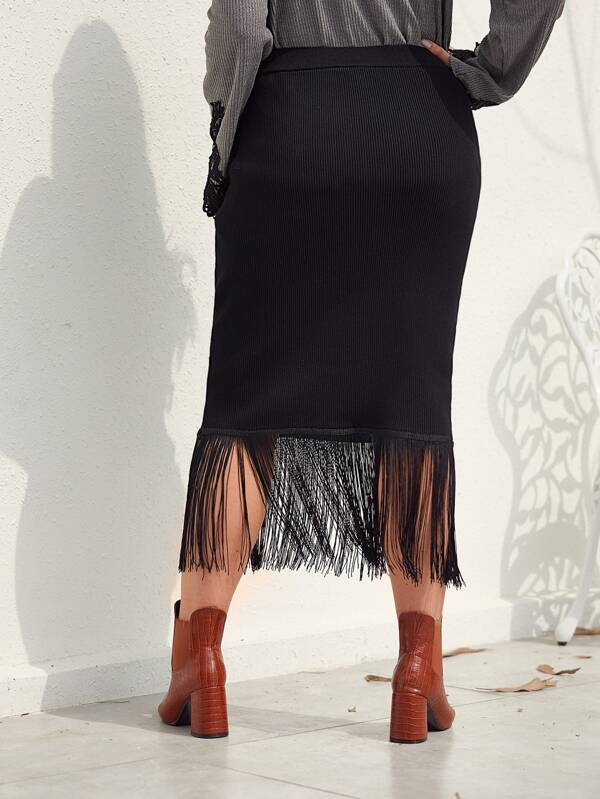 Plus Size Fringe Hem Ribbed Knit Sweater Skirt