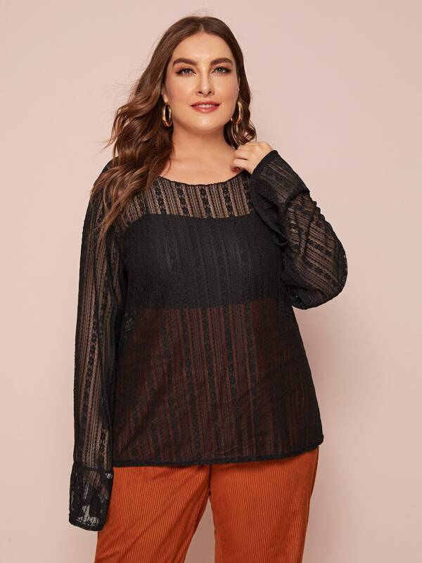 Plus Size Sheer Round Neck Lace Top