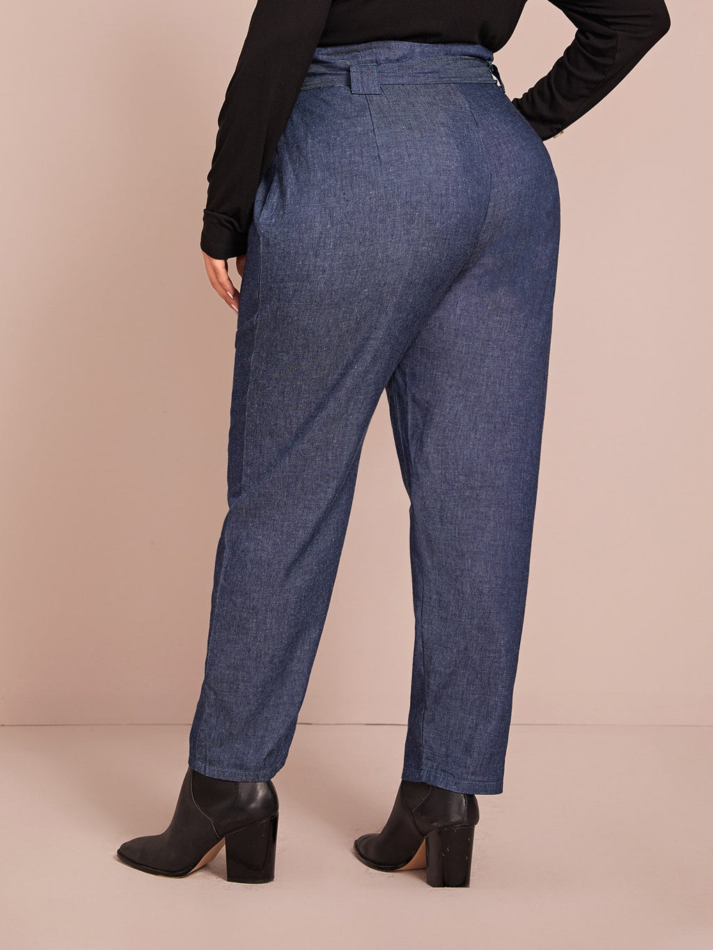 Plus Size Self Tie Solid Carrot Jeans
