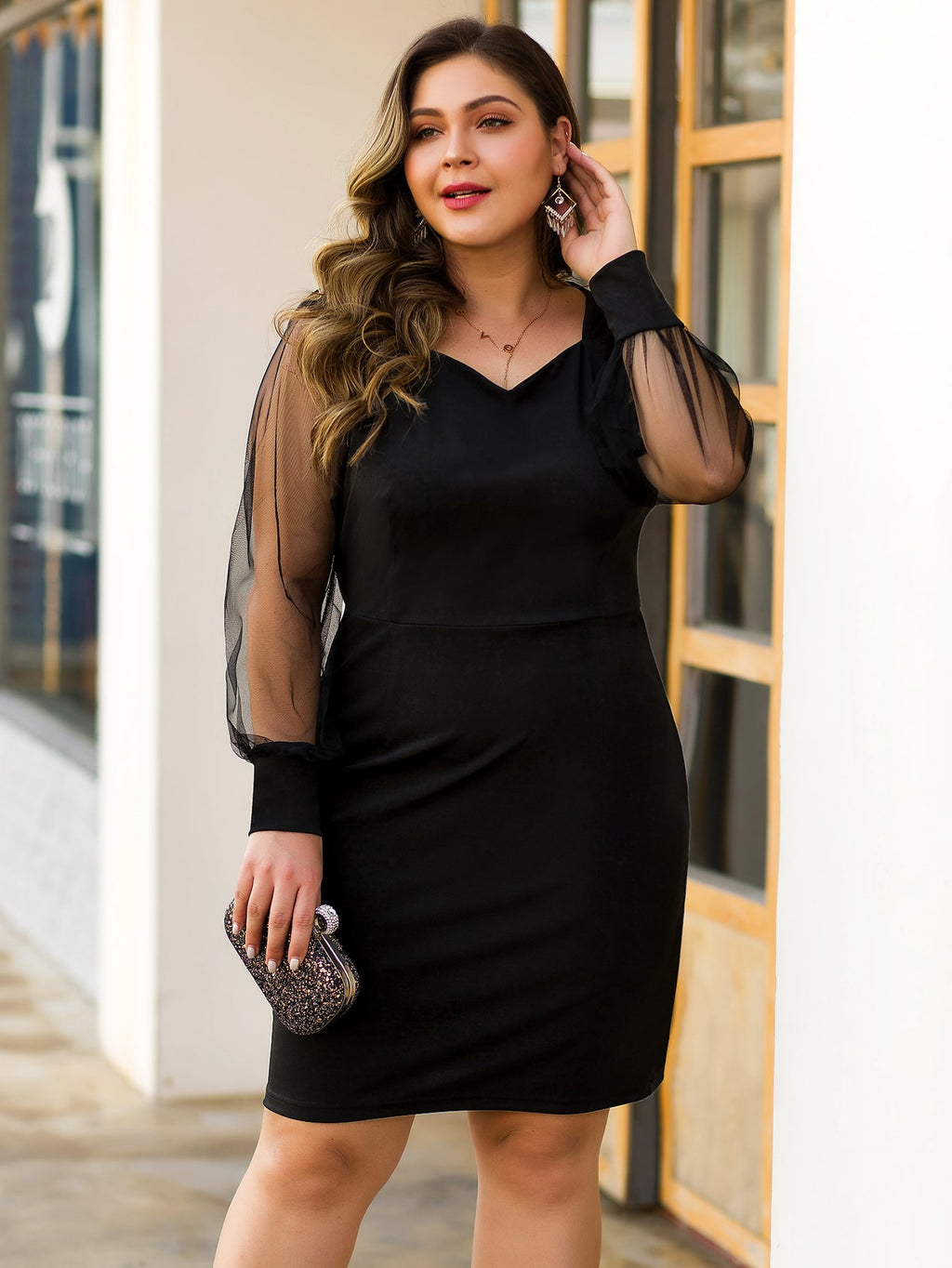 Plus Size Elegant Contrast Mesh Sleeve Cocktail Dress