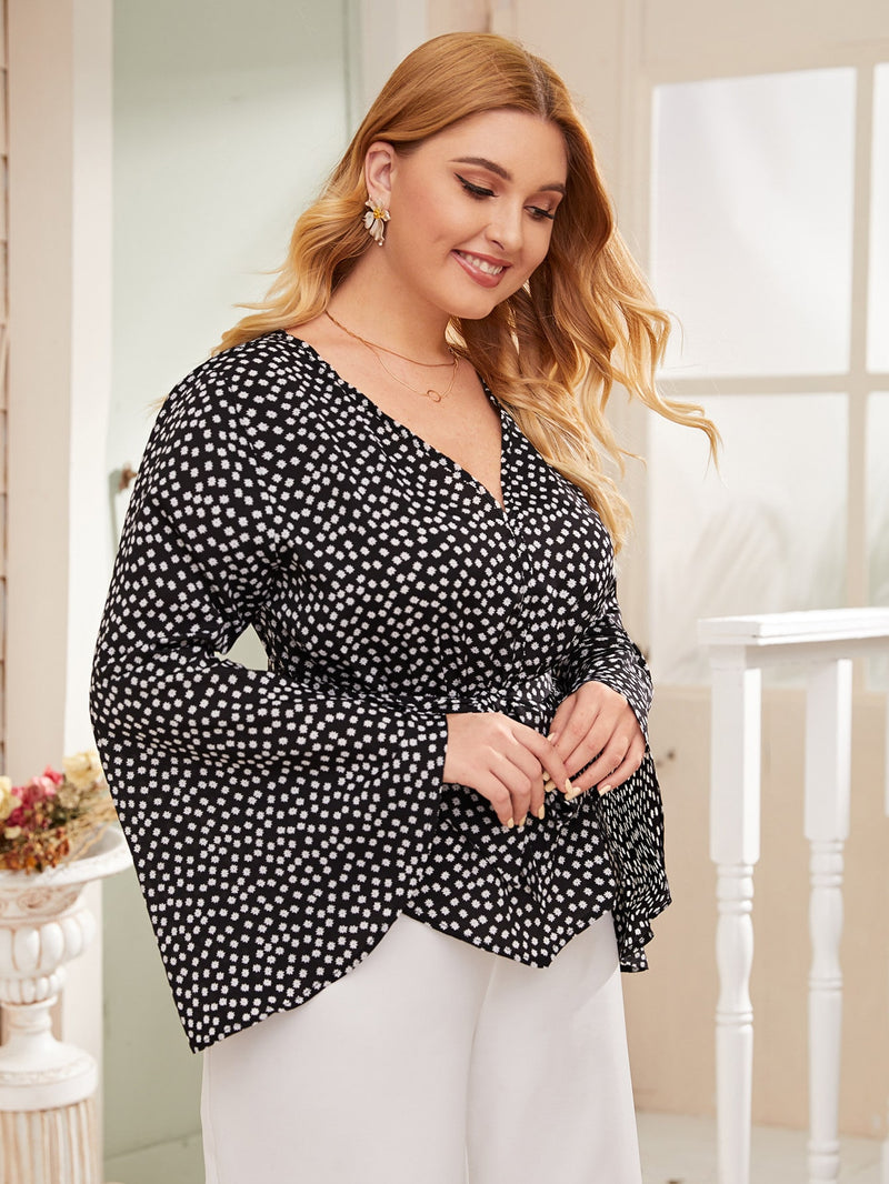 Plus Size Adorable Bell Sleeve Floral Belted Top