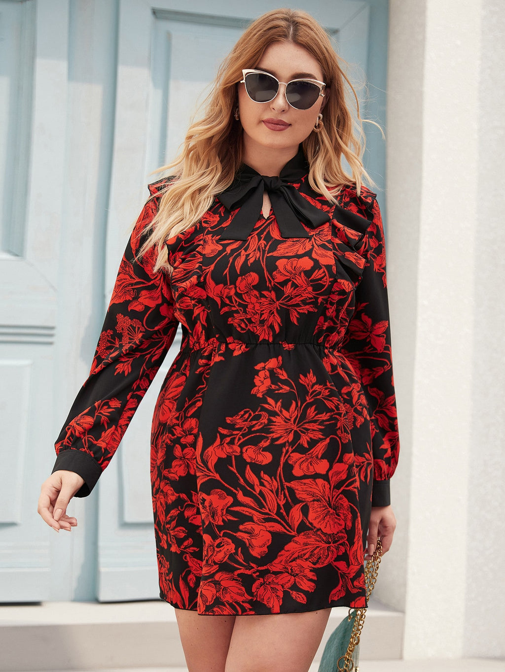 Plus Size Elegant Floral Print Tie Neck Fitted Dress