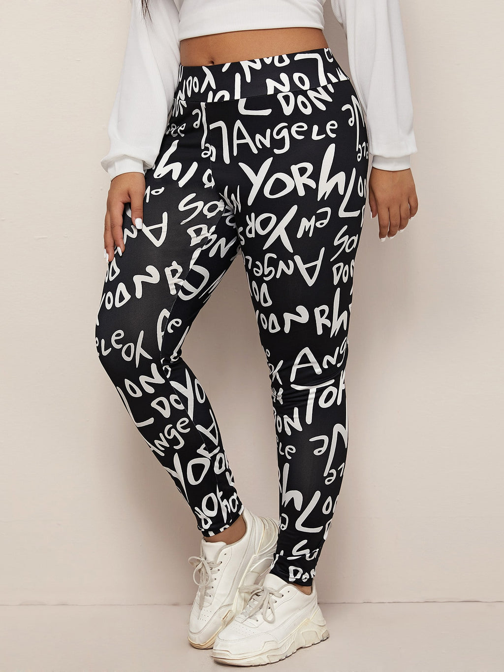 Plus Size Wide Waistband Graphic Leggings