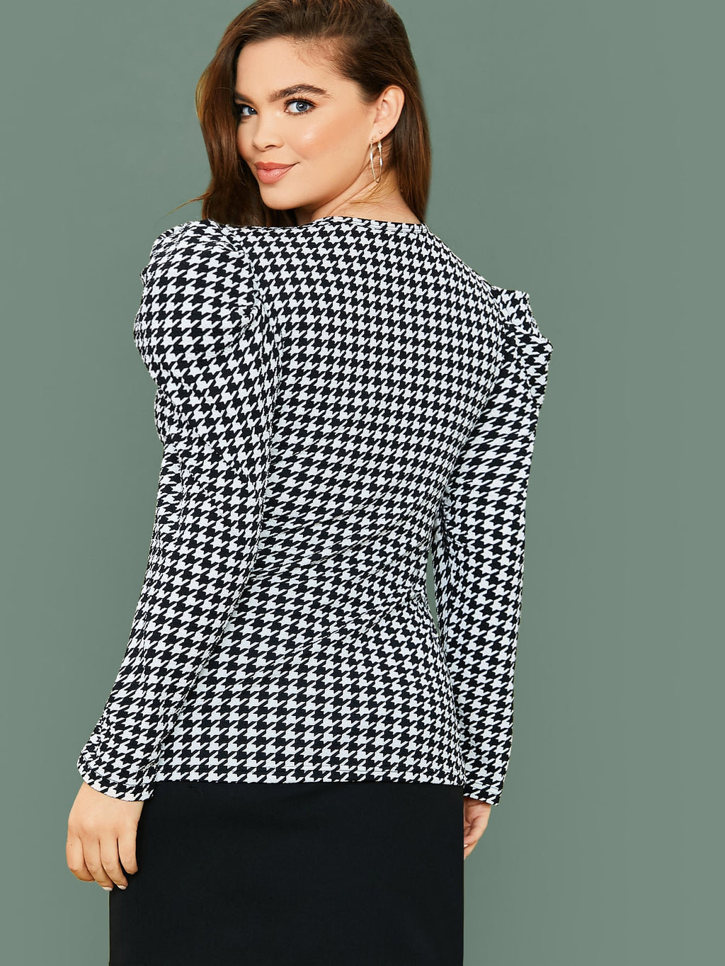 Plus Size Bold Shoulder Houndstooth Fitted Top