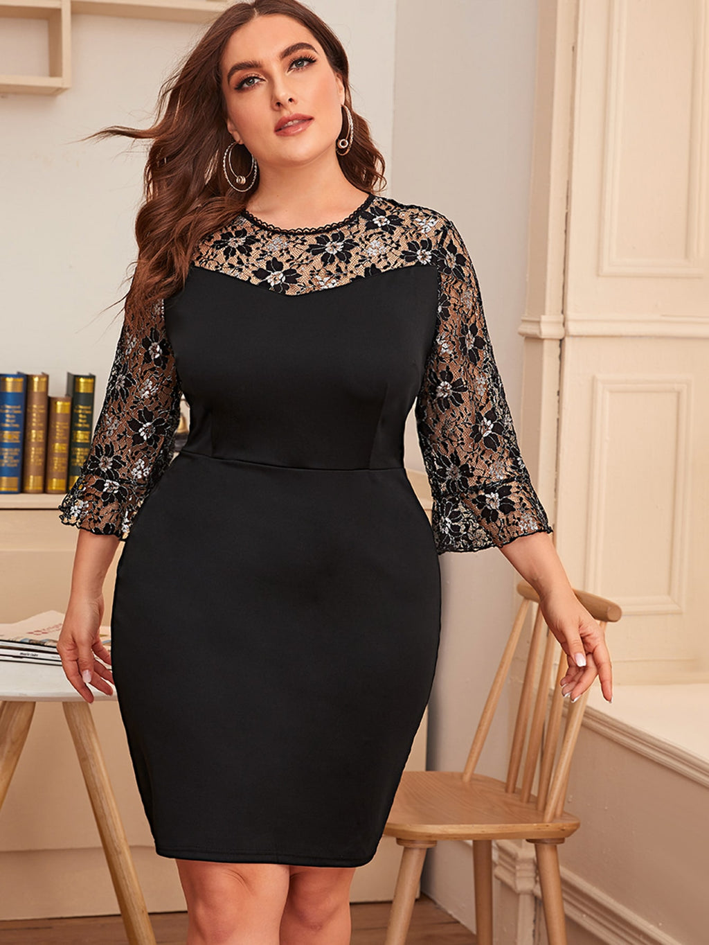 Plus Size Floral Lace Sleeve Bodycon Dress