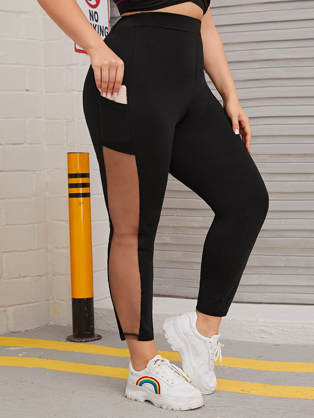 Plus Size Contrast Mesh Pocket Detail Leggings
