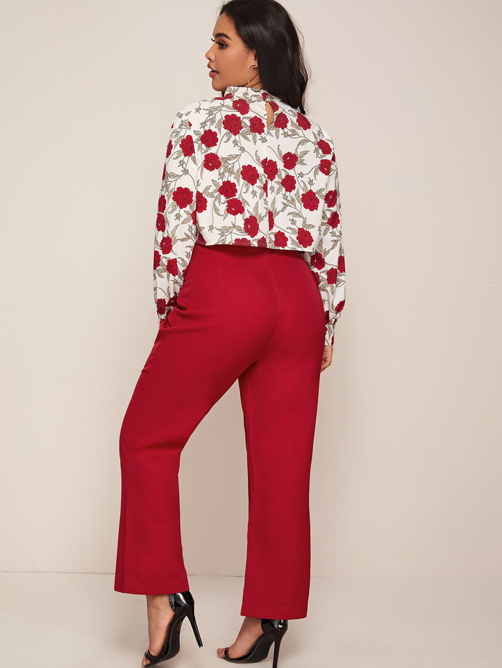 Plus Size Floral Keyhole Neckline Top & Pants Set