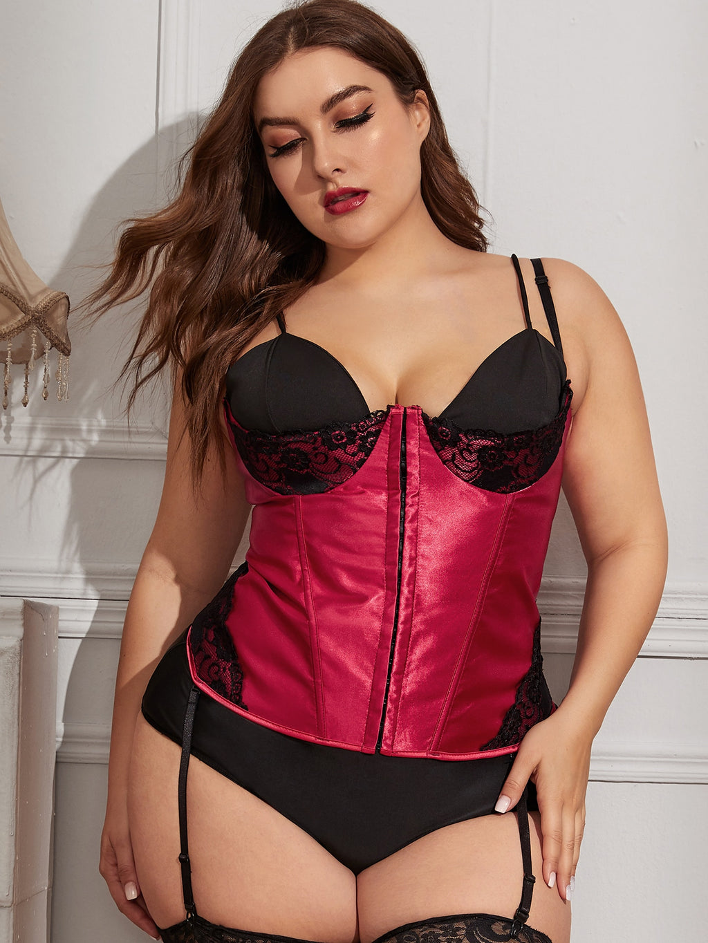 Plus Size Contrast Lace Shapewear With Thong