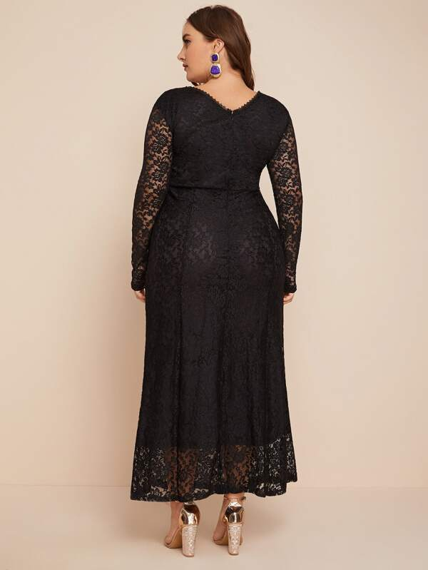 Plus Size Guipure Lace Overlay Dress