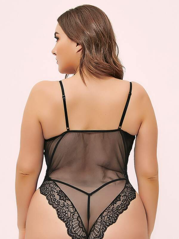Plus Size Contrast Lace Mesh Teddy Bodysuit