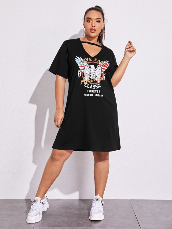 Plus Size Eagle And Letter Graphic Peekaboo Dress