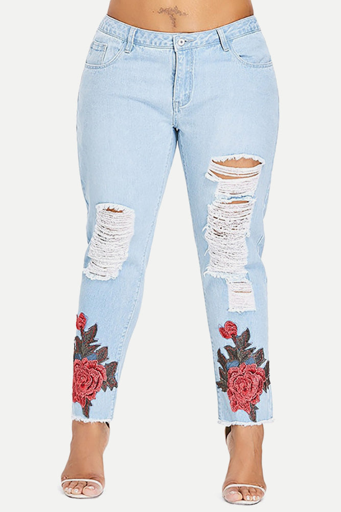 Plus Size Sexy Skinny Floral Embroidered Ripped Jeans