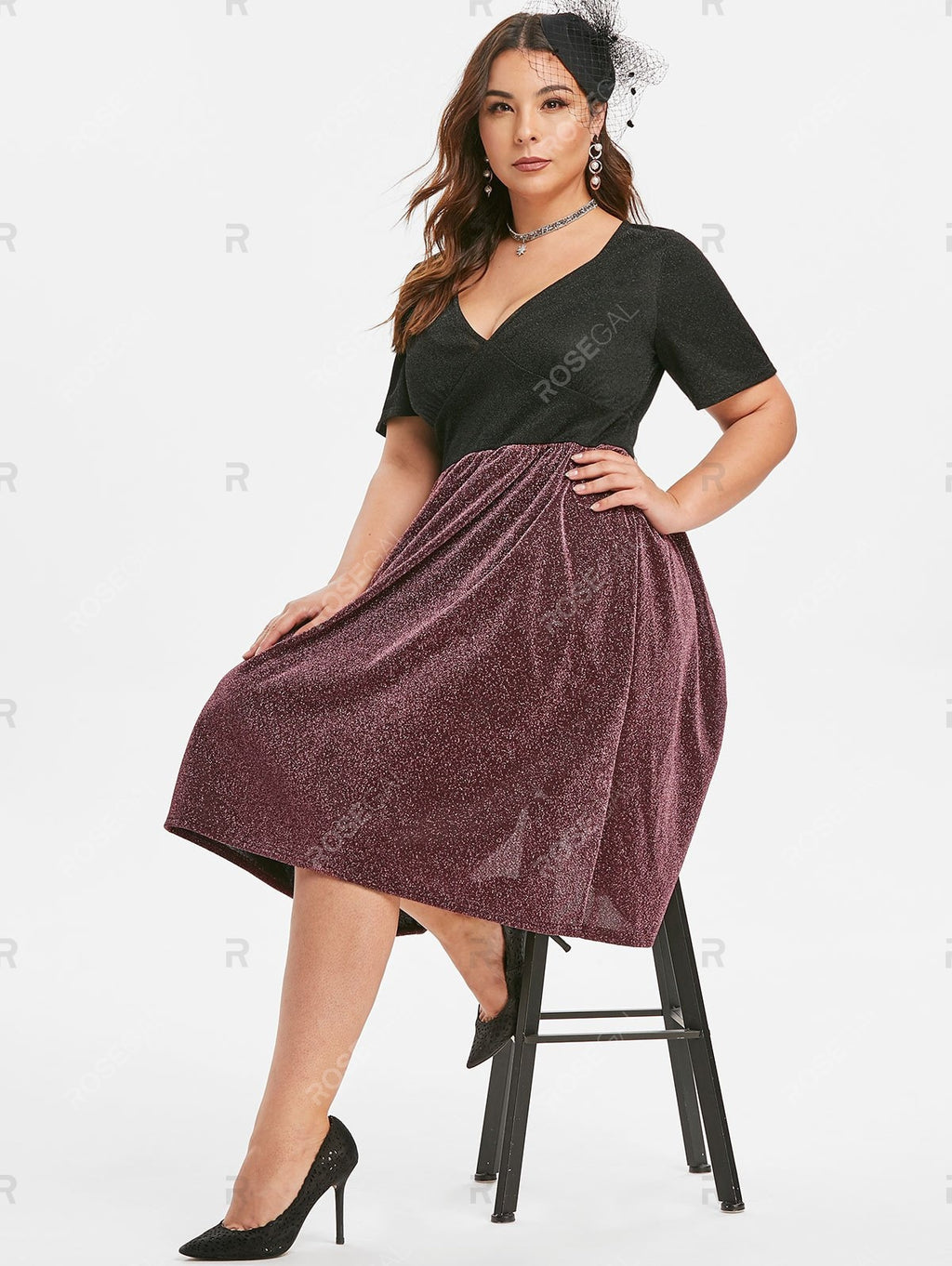 Plus Size Low Cut Sparkle Party Cocktail Dress