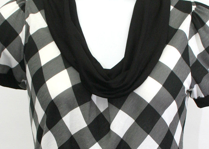 Turtle Neck Checkered Blouse