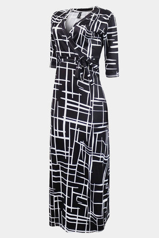 Plus Size Modish Black And White Geometric Pattern Maxi Dress