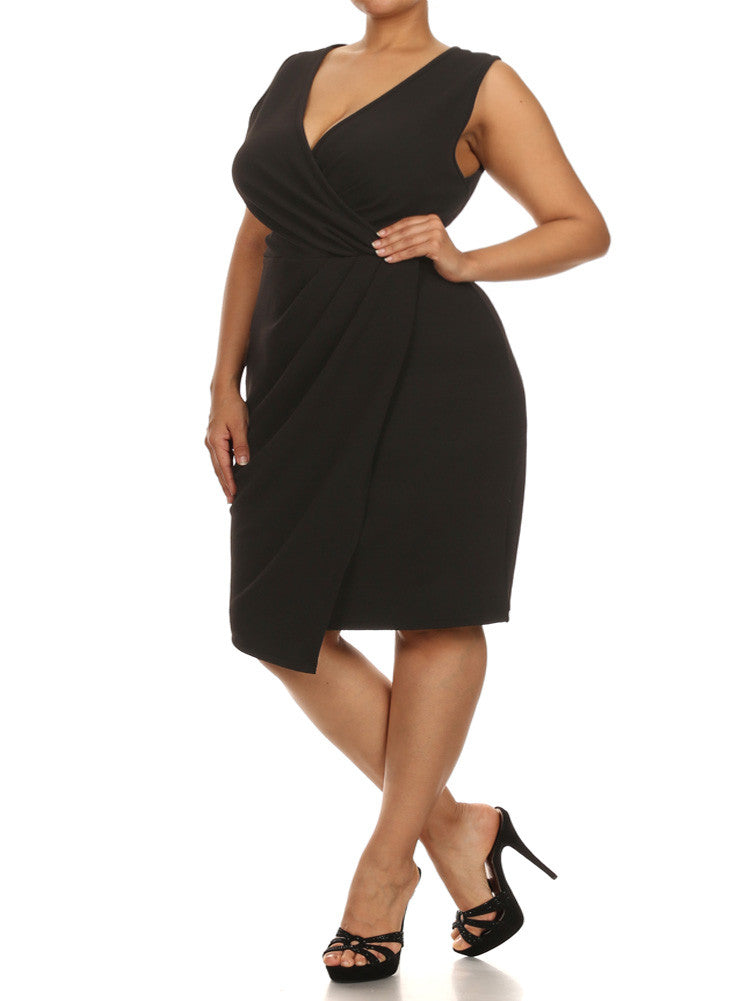 Plus Size Dashing Pleats Surplice Black Dress