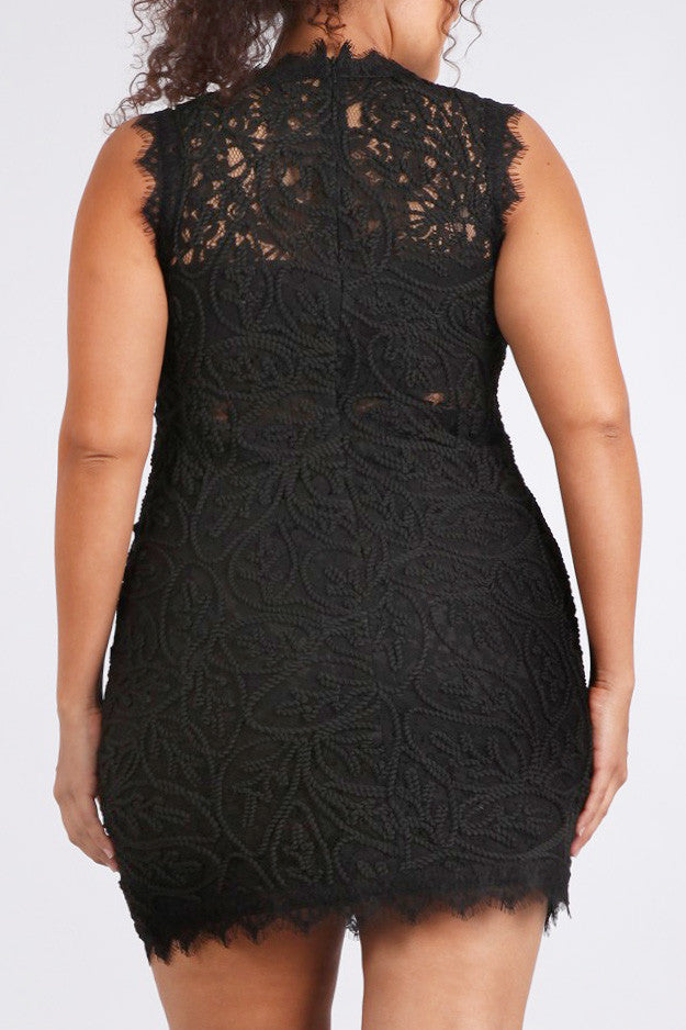 Crochet Beauty Eyelash Hem Plus Size Dress