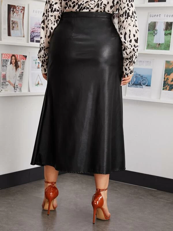 Plus Size Solid Faux Leather Skirt