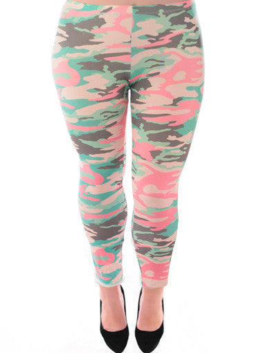 Plus Size Camo Print Stretchy Leggings
