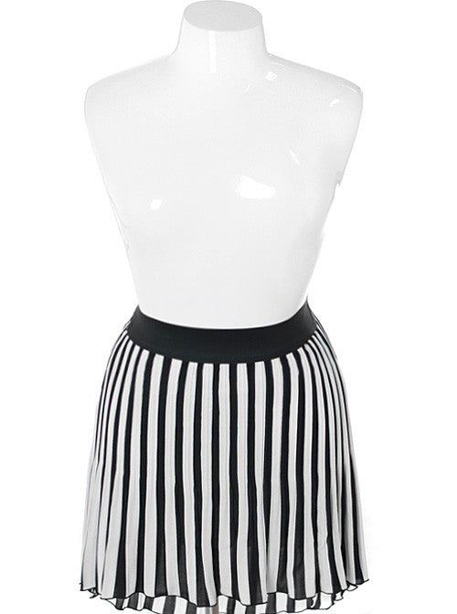Plus Size Stripe Pleated Dip Hem Skirt
