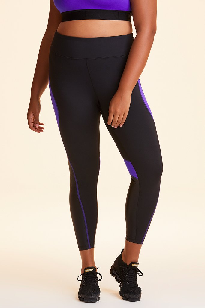 Plus Size Edge Ankle Tight styled with Curve Bra in Ultraviolet