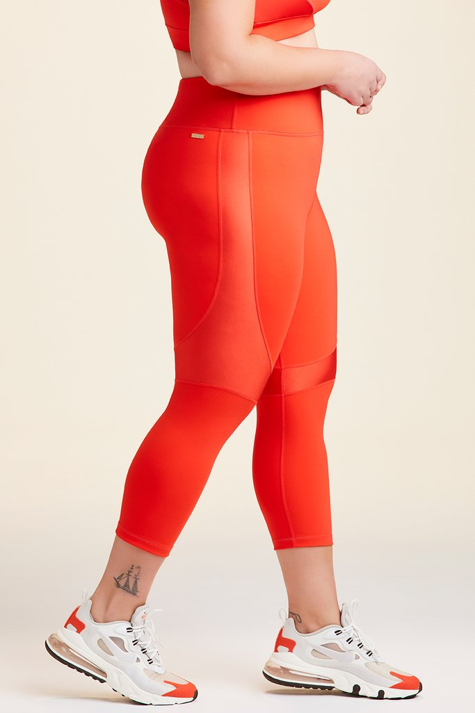Plus Size Crop Vamp Tight styled with Vamp Bra in Lava
