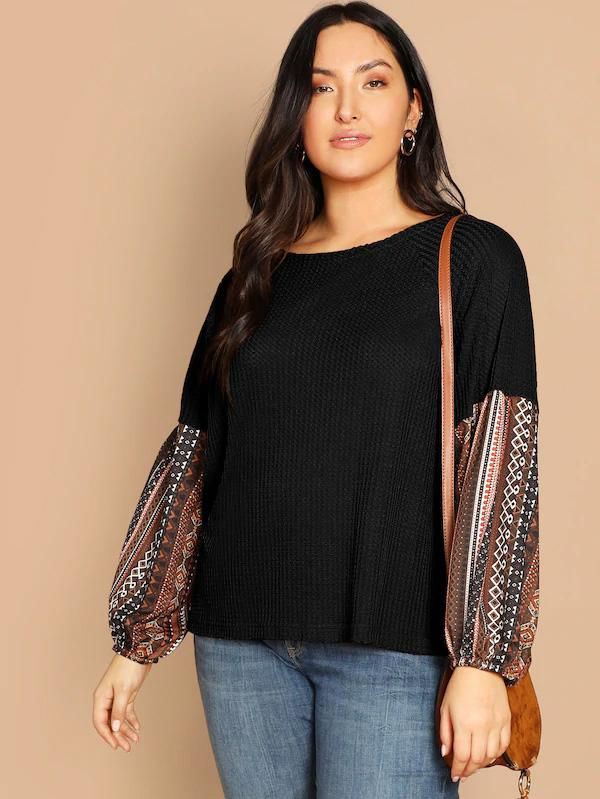 Plus Size Contrast Geo Print Sleeve Waffle Knit Top