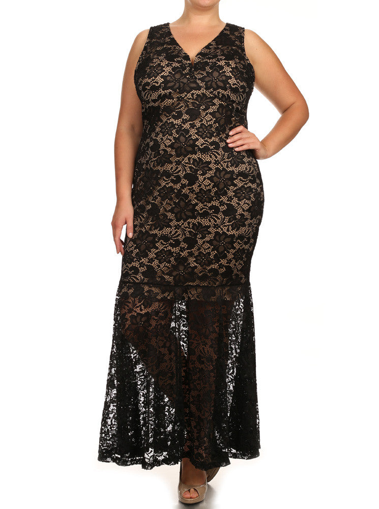 Plus Size Pretty In Floral Crochet Mermaid Maxi Black Dress