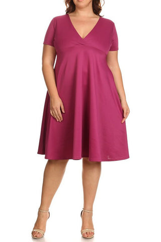 Plus Size Short Sleeved Midi Dress With A V-neck - Magenta