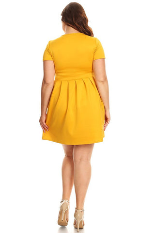 Plus Size Solid Short Dress Flare Silhouette With Short Sleeves