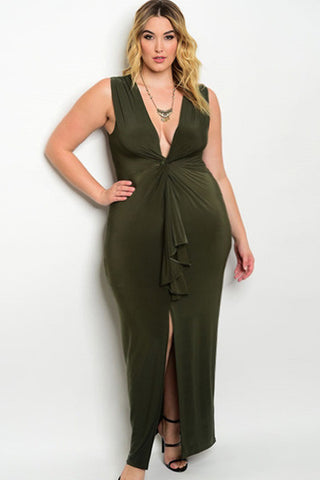 Queen Ivy Sleeveless Plunging Neckline Plus Size Dress