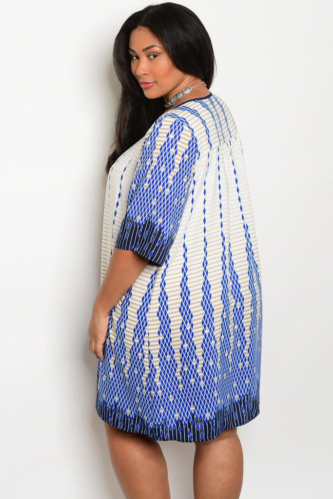 Plus Size Round Keyhole Neckline 3/4 Sleeve Print Tunic Dress - Ivory Blue