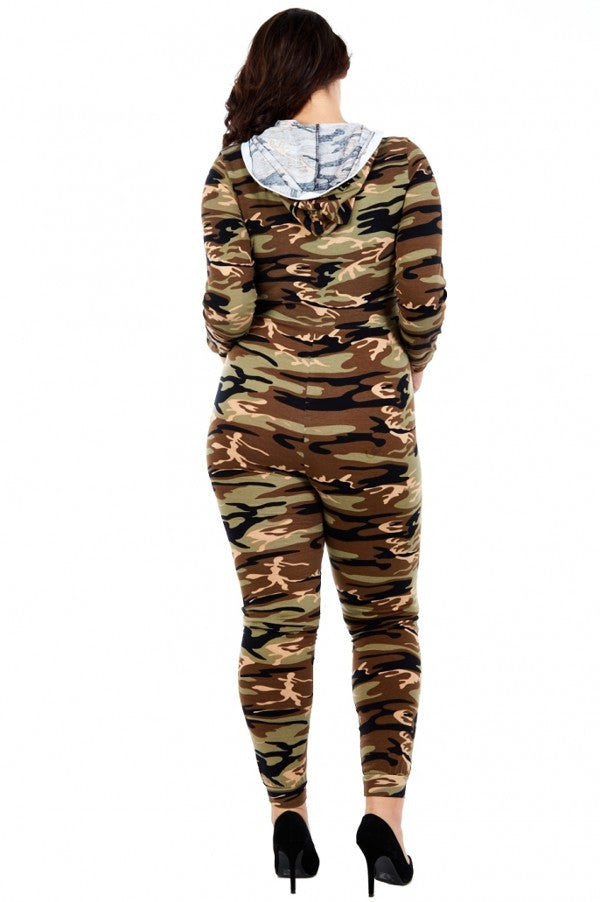 Plus Size Sexy Camo Print Zipper Jumpsuit
