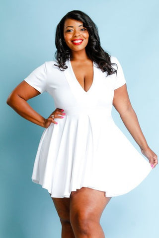 Plus Size Cap Sleeve V-Neck Flare Dress
