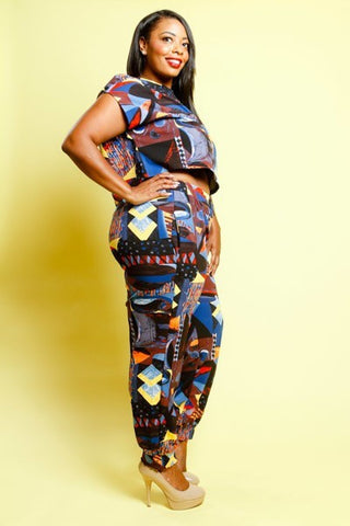 Plus Size Multi-Printed Shapes Cropped Pants Set