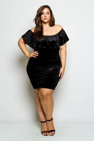 Plus Size Velvet Off-Shoulder Ruffle Dress