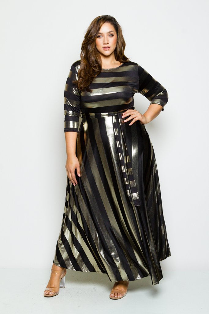 Plus Size Shining Metallic Striped 3/4 Sleeved Maxi Dress