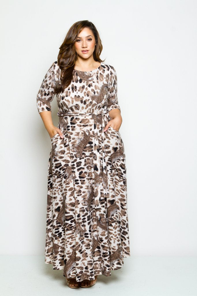 Plus Size Leopard 3/4 Sleeve Fit and Flow Maxi Dress