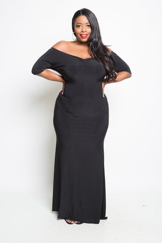 Plus Size Classic Off-Shoulder Solid Maxi Dress