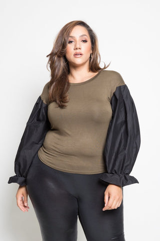 Plus Size Contrast Bubble Sleeved Solid Top