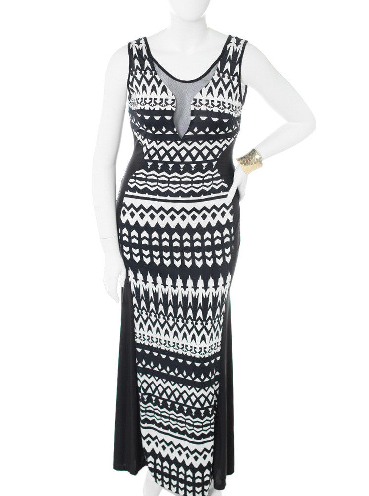Plus Size Abstract Black & White Maxi Dress