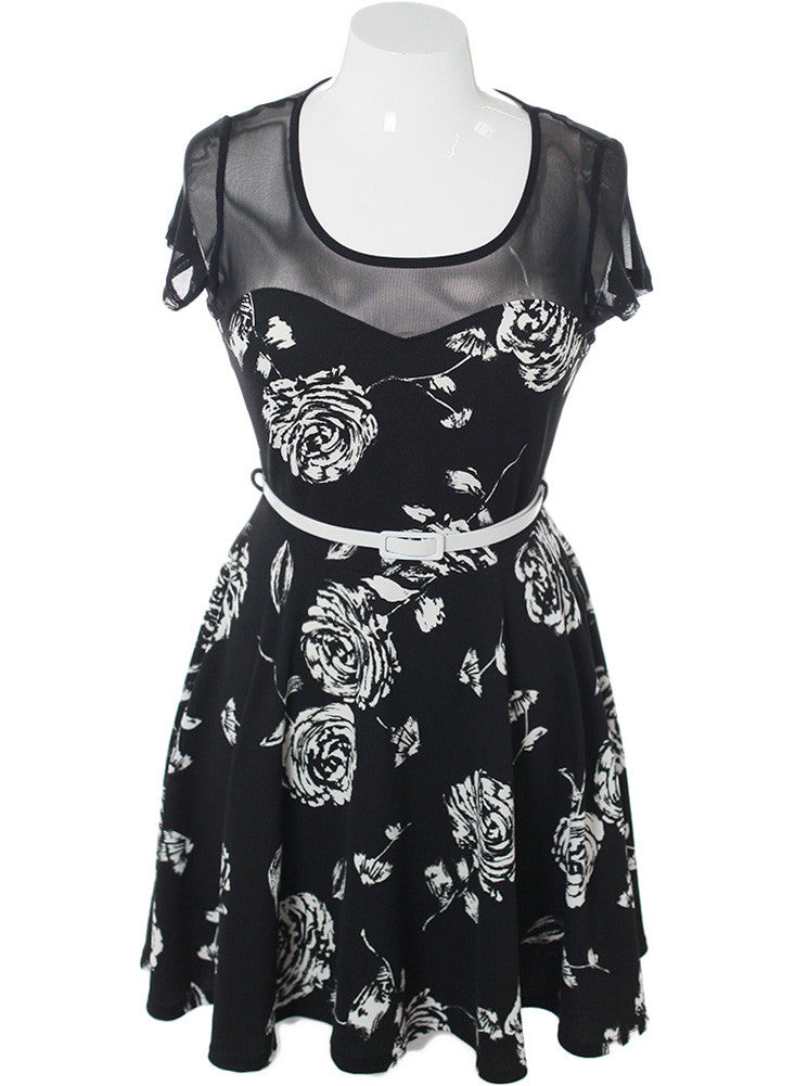 Plus Size Belted Floral Sweetheart Dress