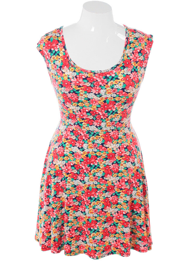 Plus Size Darling Gerbera Flower Print Dress