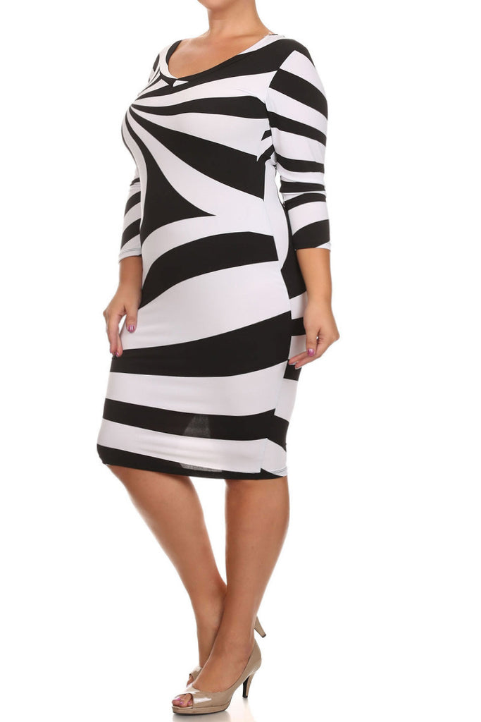 Plus Size Designer Swirl Scoop Neck Bodycon Dress