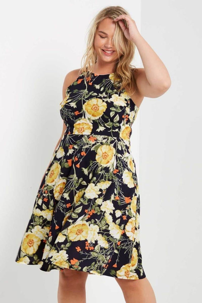 266706df260 Plus Size Floral Print Sleeveless Fit and Flare Dress – Plussizefix
