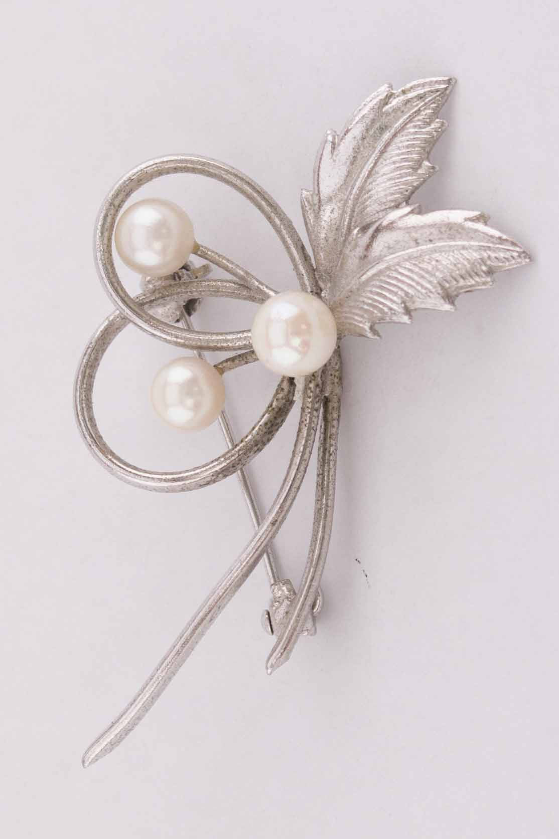 Silver Leaf and Pearl Brooch