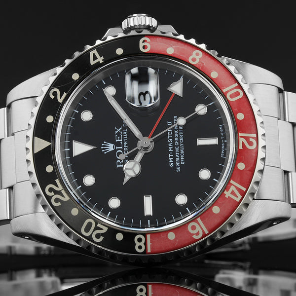 Rolex GMT-Master II - Coke - 16710 - 1993 - Box And Papers