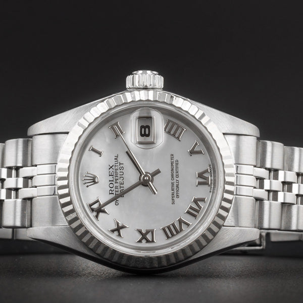 Ladies Rolex Datejust 79174 - 26mm - Mother Of Pearl Dial - 2002